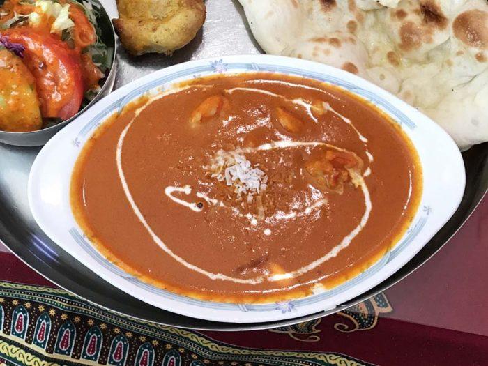 インド料理サプナ長崎矢上店の5種類選べるカレー