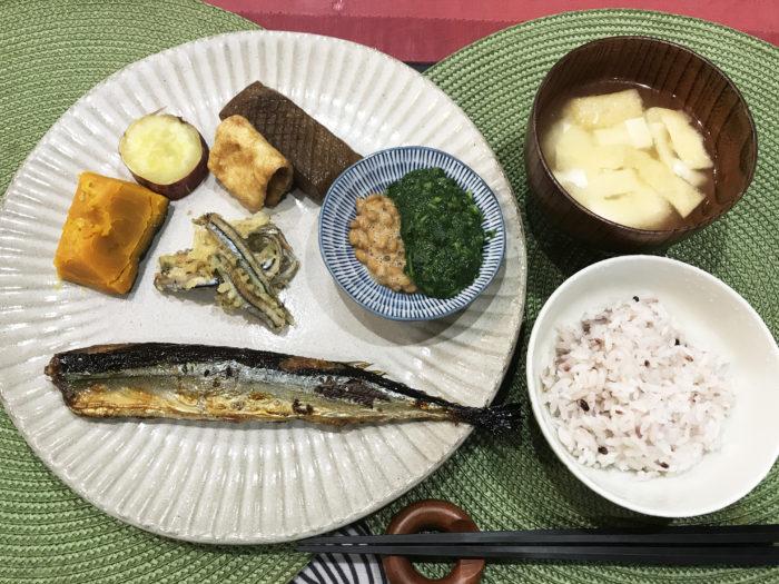 ヴィッセル神戸寮母・村野明子さんのセブンルール「盛り付けはワンプレート」5色健康法 さんま きびなご