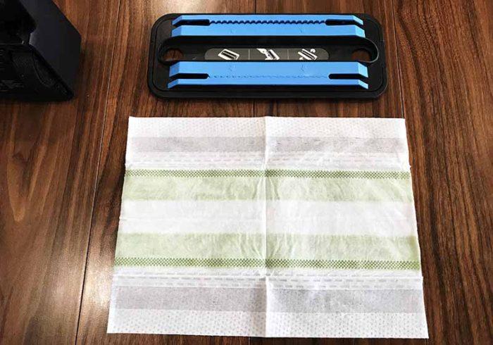 ブラーバのクリーニングパッドとウェーブフロア用ウエットシートのサイズ比較