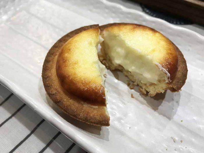 ベイクチーズタルト 食べ比べ 焼きバージョン