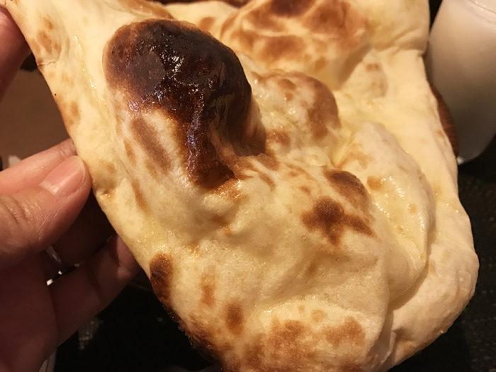 インド料理ビスヌ長崎店のナン